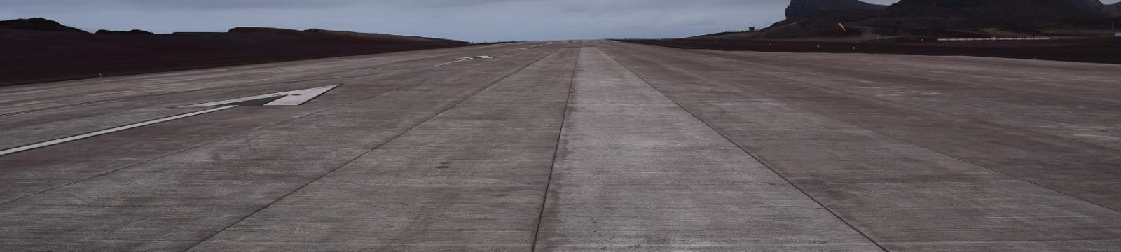 Photo of the runway looking in southern direction